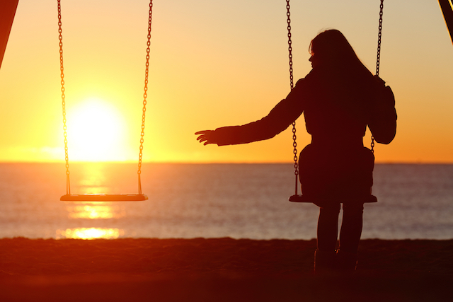 Alone-on-a-Swing