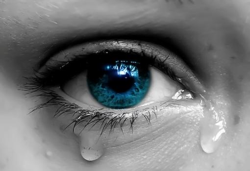crying-eye_4320