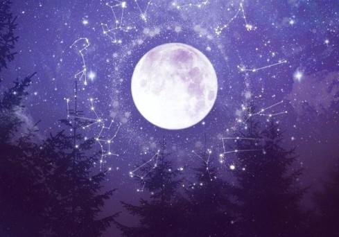 https://dreamweaver333.files.wordpress.com/2019/09/full-moon.jpg